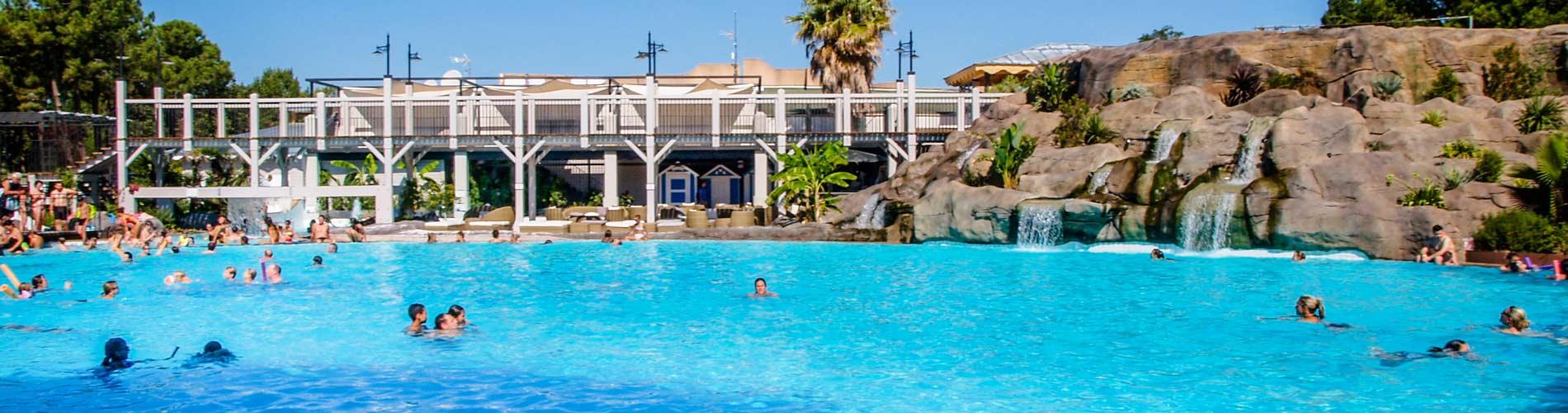Camping argeles sur mer avec parc aquatique for Camping martigues avec piscine bord mer