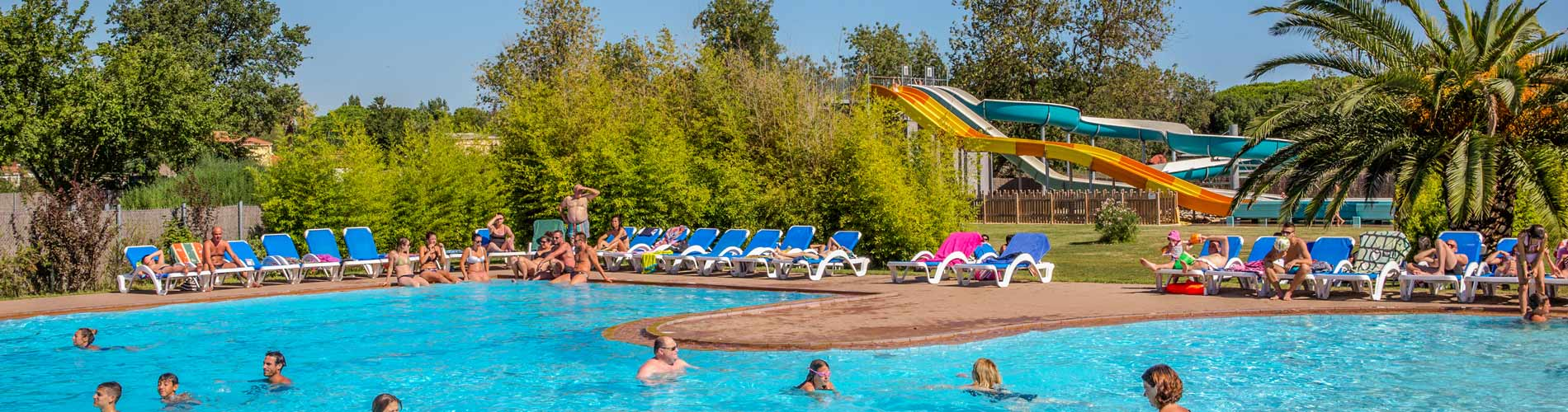 Campings argeles sur mer avec piscine parc aquatique for Camping dans le var bord de mer avec piscine